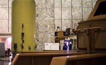 Машинный зал в ГЭС. Архивное фото