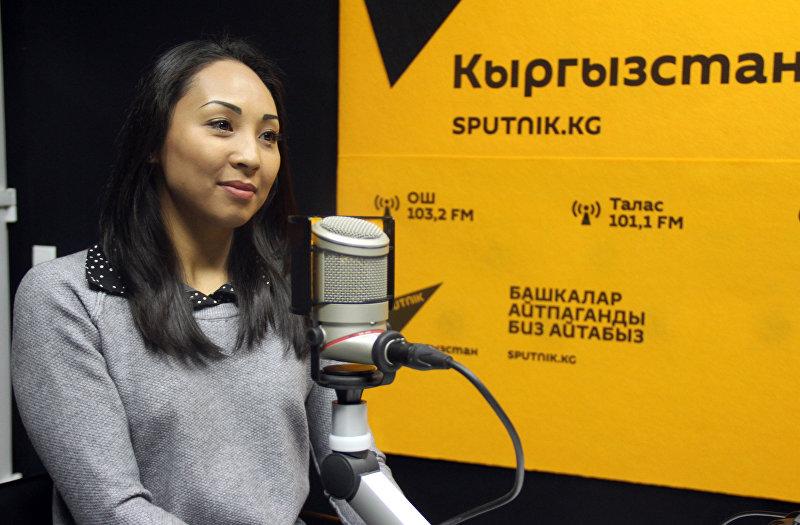 Художественная гимнастка Аида Акматова во время интервью Sputnik Кыргызстан