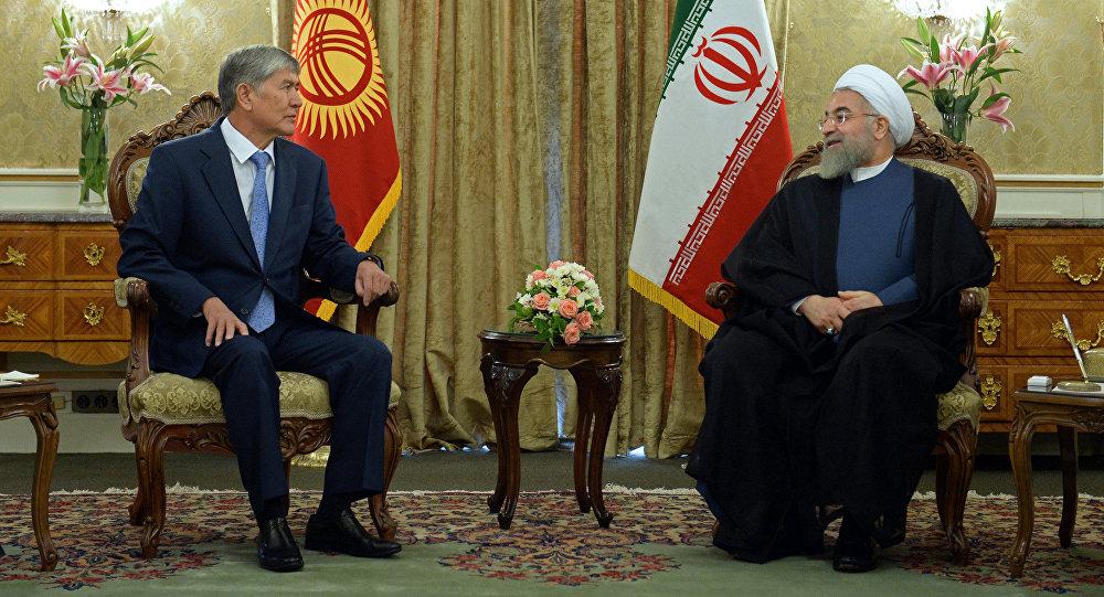 Кыргыз Республикасынын президенти Алмазбек Атамбаев жана Иран мамлекетинин президенти Хасан Роухани
