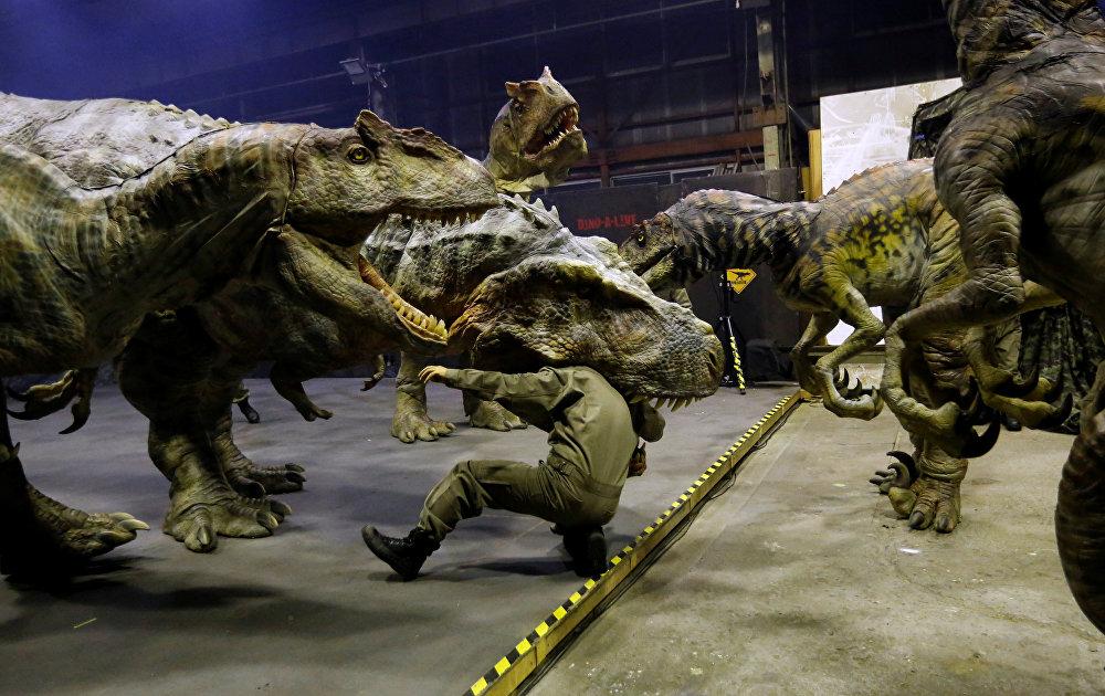 On-Art япон корпорациясынын робот-динозаврлары