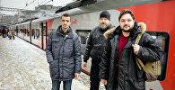 Архивное фото участников группы наивные путешественники Робертса Вицупса, Валентина Роженцова и Алексея Стетюхи