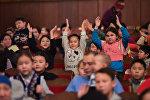 Новогоднее представление для детей с ограниченными возможностями в Бишкеке