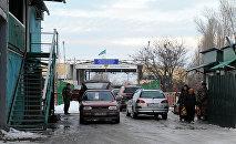 Контрольной пропускной пункт (КПП) Кен-Булун–автодорожный на кыргызско-казахском участке границы. Архивное фото