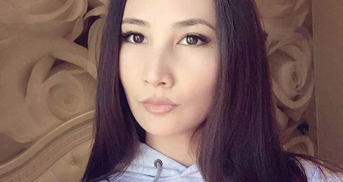 В социальных сетях распространяется пост участницы конкурса Мисс Мира — 2013 Жибек Нукеевой с просьбой помочь ей в борьбе с раковой опухолью — хондросаркомой тазобедренной кости третьей степени