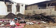Баткен районундагы Карабак айылынын тургуну, III топтогу майып Токтобүбү Мусаеванын үйү 22-декабрдын таңында өрттөнүп, бир бөлмөсү толугу менен жарактан чыккан