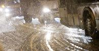 Ухудшение ситуации на автодорогах из-за снегопада. Архивное фото
