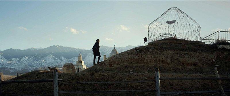Кадр из фильма Завещание отца (Атанын керээзи) режиссеров Бакыта Мукула и Дастана Жапар уулу.