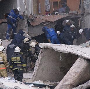 Обрушение части многоэтажного дома в поселке Шахан, Казахстана