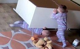 В США двухлетний ребенок спас брата-близнеца