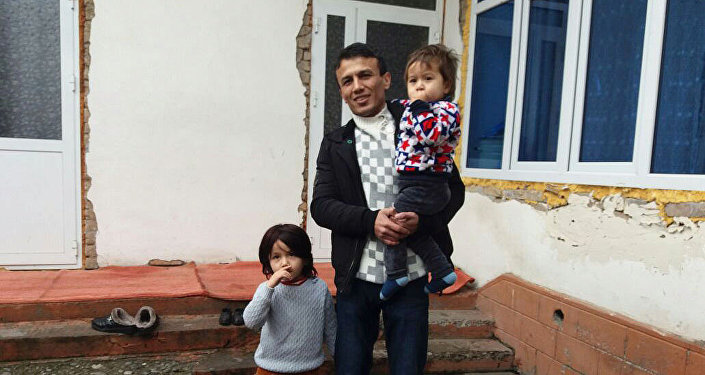 28-летний гражданин Кыргызстана Яхья Машрапова с дочерьми, который подозревался в совершении теракта в стамбульском ночном клубе Reina в новогоднюю ночь