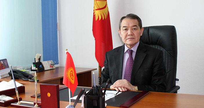Мамлекеттик тил комиссиясынын төрагасы Назаркул Ишекеев