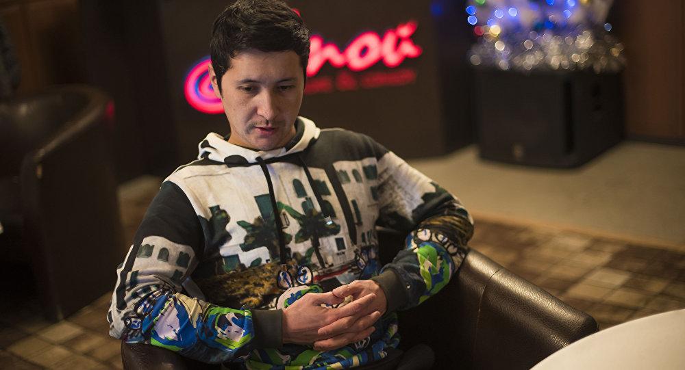 Участник команды КВН Азия MIX Эльдияр Кененсаров во время интервью агентству Sputnik Кыргызстан в Бишкеке
