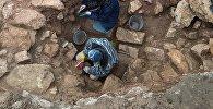 Архивное фото археологов, которые ведут раскопки