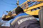 Бишкексвет ишканасынын кызматкери. Архивдик сүрөт