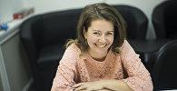 Преподаватель кафедры журналистики и писательница Диана Светличная во время интервью Sputnik Кыргызстан