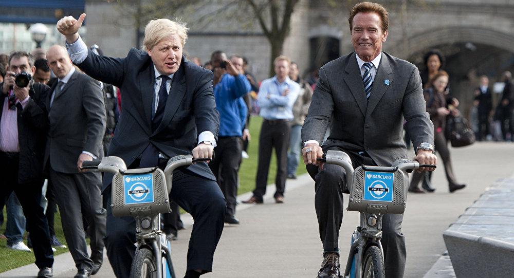Архивное фото мэра Лондона Бориса Джонсона и звезды Голливуда Арнольда Шварценеггера