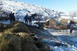 Сузак районуна караштуу Жалгыз-Жаңгак айылындагы жер көчкү