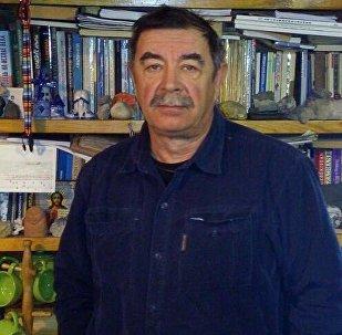 Архивное фото президента Ассоциации туризма Шелковый путь Владимира Комиссарова