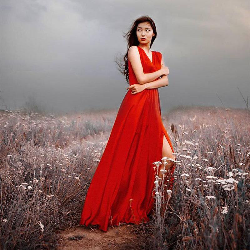 Актриса и модель Айгерим Назар на фотосессии