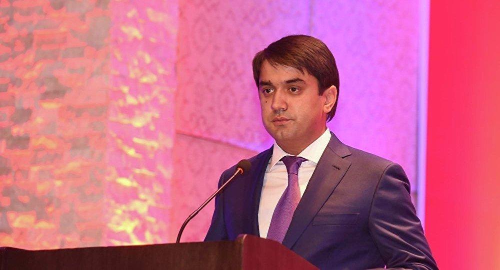 Архивное фото старшего сына президента Таджикистана Эмомали Рахмона Рустам Эмомали