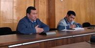 Ысык-Көл облусунун башчысы Аскат Акибаев Боом капчыгайындагы кафелердин директорлору менен жолугушту