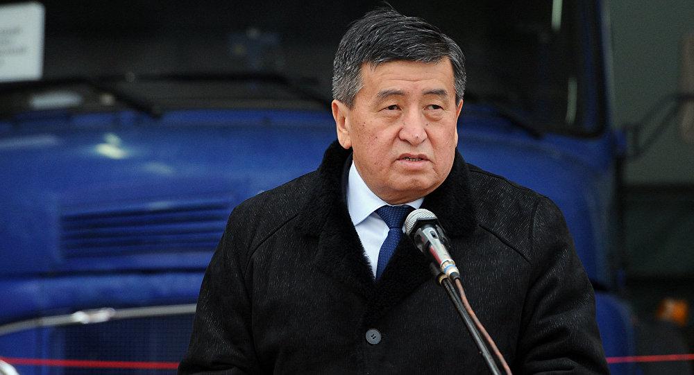 Премьер-министр Сооронбай Жээнбековдун архивдик сүрөтү