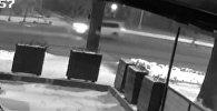 Стрельба возле кинотеатра в Бишкеке — кадры с камеры наблюдения