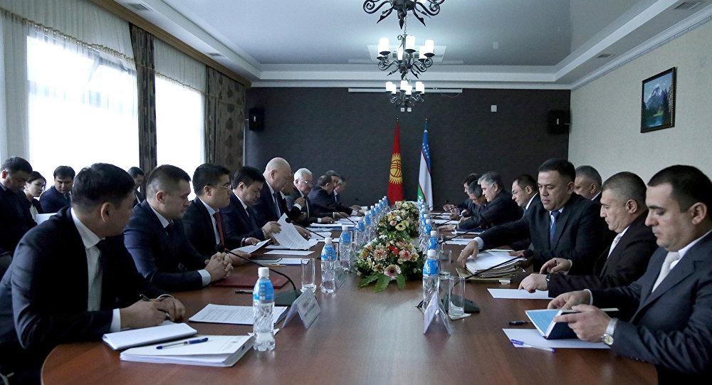 Вице-премьер-министры Кыргызстана иУзбекистана вгороде Ошобсуждают приграничные вопросы