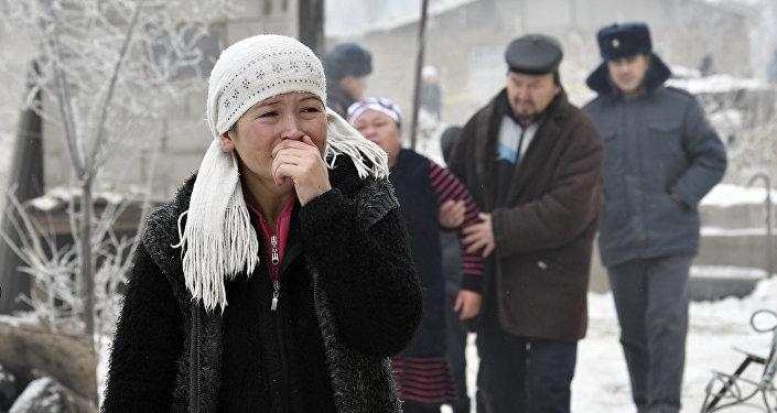 5 детей отравились парами керосина наместе авиакатастрофы под Бишкеком