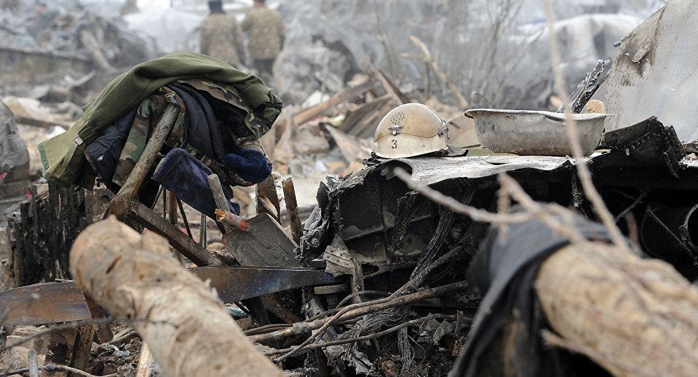 Наместе крушения «Боинга-747» продолжаются поисковые работы иразбор завалов