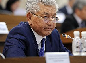 ЖК депутаты Иса Өмүркуловдун архивдик сүрөтү