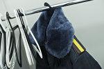 Одежда сотрудника милиции на вешалке. Архивное фото