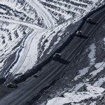 Грузовики способны перевозить до 180 тонн золотоносной руды