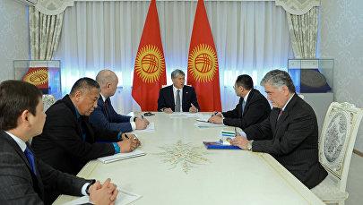 Алмазбек Атамбаев 18-январда Өзбекстандын премьер-министринин орун басары Адхам Икрамовду кабыл алды