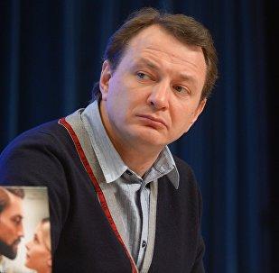 Актер Марат Башаровдун архивдик сүрөтү