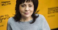 Волонтер фонда Help the children — SKD Елена Конева во время интервью Sputnik Кыргызстан