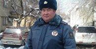 Жалал-Абад ОИИБинин Кайгуул милициясынын уюштуруу жана жол үгүттөө боюнча тескөөчүсү Нурлан Саркаровдун архивдик сүрөтү