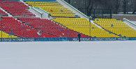 Бегун на стадионе Долона Омурзакова. Архивное фото