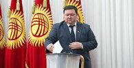 Архивное фото депутата ЖК КР от партии Республика - Ата-Журт Мирлана Жеенчороева