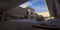 Здание Национального музея изобразительных искусств имени Гапара Айтиева в Бишкеке. Архивное фото