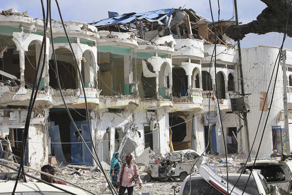 Сомалинин борбору Могадишо шаарында террорчулар Dayah мейманканасына кол салышты. Анын кесепетинен 23 киши каза болуп, 43 киши түрдүү жаракаттарды алган