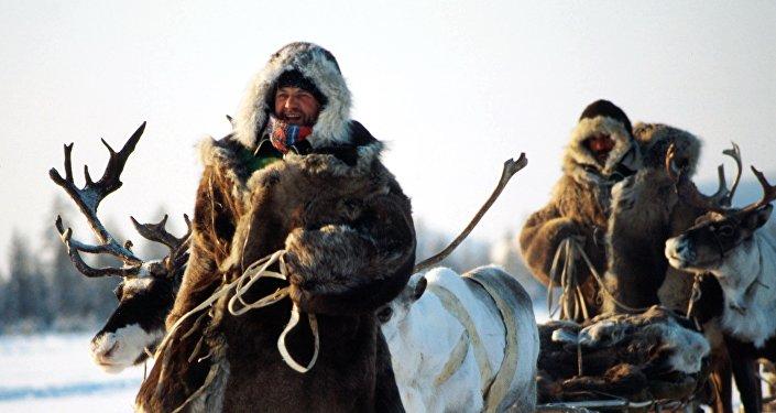 В рамках международной экспедиции Великий Шелковый путь – 2017 команда из 12 путешественников пройдет по современному маршруту Марко Поло — из Китая в Кыргызстан, затем в Узбекистан, Казахстан, Россию, Беларусь и Польшу.