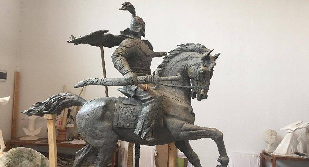 Памятник Манасу. Архивное фото