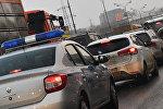 Москвадагы полиция кызматкеринин авноунаасы. Архивдик сүрөт