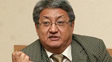 Кыргыз-Түрк Манас университетинин профессору, саясий серепчи Алмаз Акматалиевдин архивдик сүрөтү