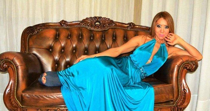 Танцовщица из Кыргызстана Айгуль Дүйшеева, живущая в итальянском городе Неаполь