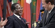 Архивное фото бывшего председателя Движения неприсоединения, президента Республики Зимбабве Роберта Мугабе