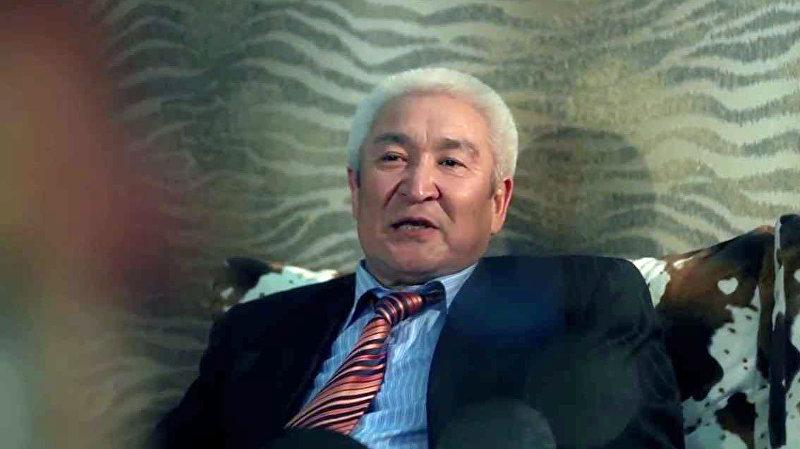 Директор Кыргызского драматического театра имени Токтоболота Абдымомунова, заслуженный артист КР Темирлан Сманбеков