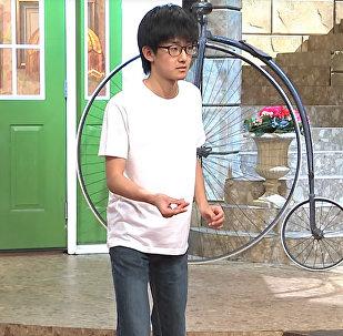 Рекорд Гиннесса: японский студент щелкнул пальцами 296 раз за минуту
