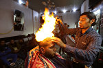 Палестинский парикмахер Рамадан Эдван